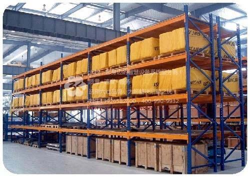 隔档,钢层板(木层板),金属丝网层,仓储笼导轨,油桶架等功能性附件.